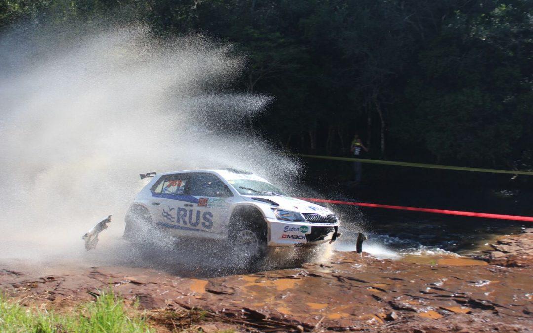Rally Trans Itapúa: Ligato comanda la general en el segundo día de competencia